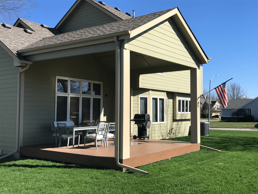Des Moines Composite Deck