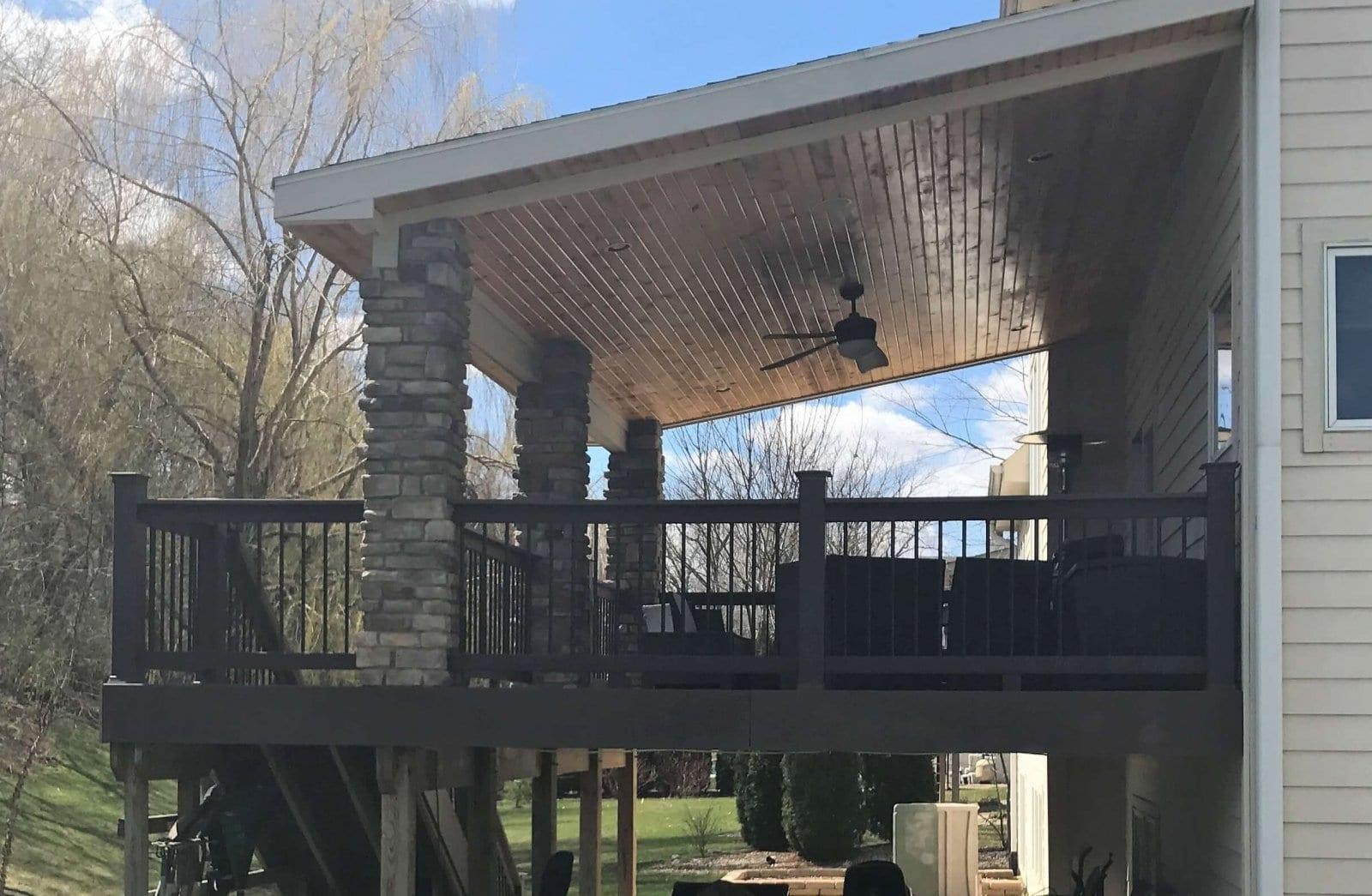 Des Moines Covered Composite Deck